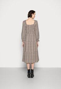 Cream - ULLA DRESS - Day dress - truffet check - 2
