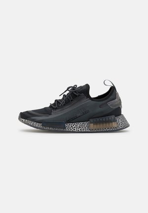 NMD_R1 SPECTOO UNISEX - Trainers - core black/carbon