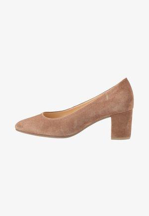 Classic heels - wood