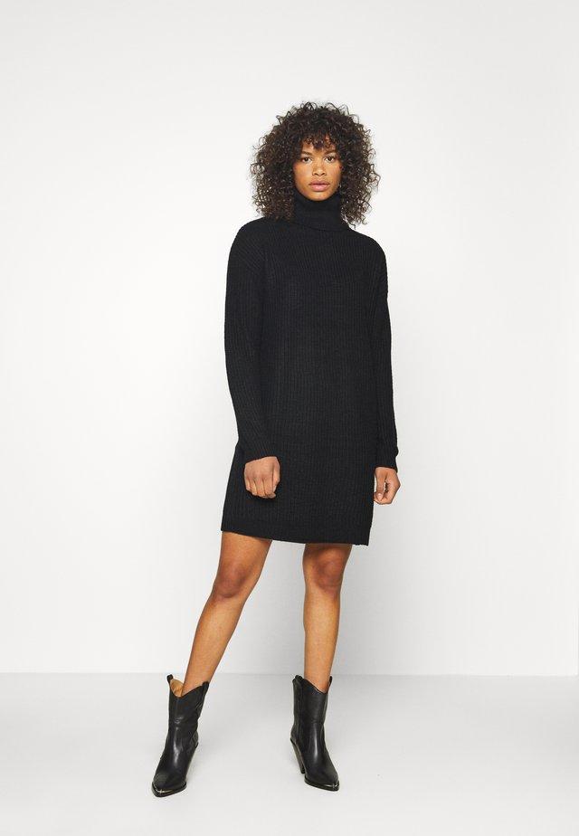 ROLL NECK BASIC DRESS - Stickad klänning - black