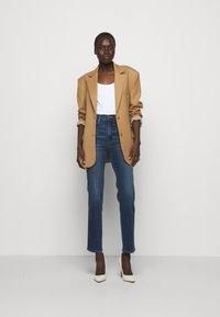 Frame Denim - LE SYLVIE SLENDER - Straight leg jeans - stallion - 1