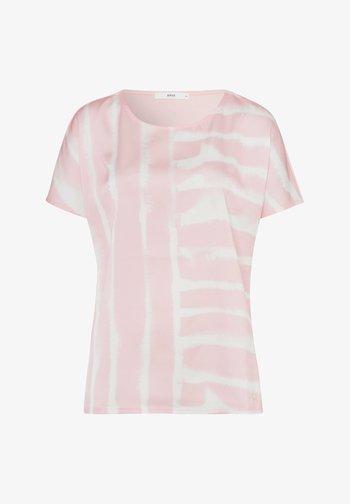 STYLE CAELEN - Print T-shirt - rose