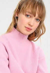 sweet deluxe - GUANNA - Earrings - silber/schwarz - 1