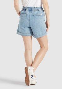 khujo - CANDICE - Denim shorts - blau - 2