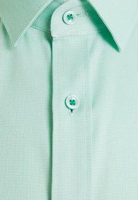 OLYMP No. Six - Formal shirt - grün - 6