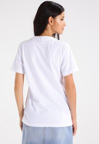 Ellesse - ALBANY - T-shirts print - optic white - 2