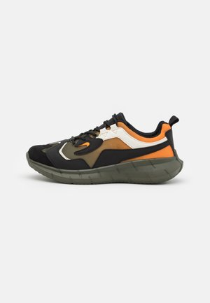 FLETCH - Baskets basses - khaki/orange