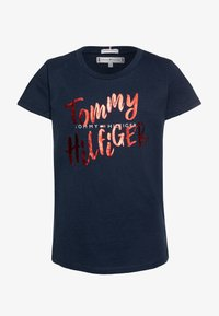 Tommy Hilfiger - GRAPHIC ON TEE  - T-shirt print - blue - 0