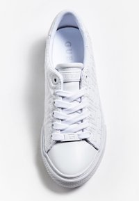 Guess - Trainers - weiß - 1
