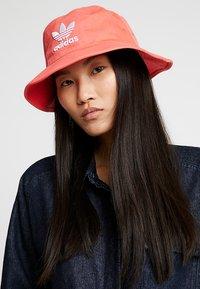 adidas Originals - BUCKET HAT UNISEX - Chapeau - flared - 4