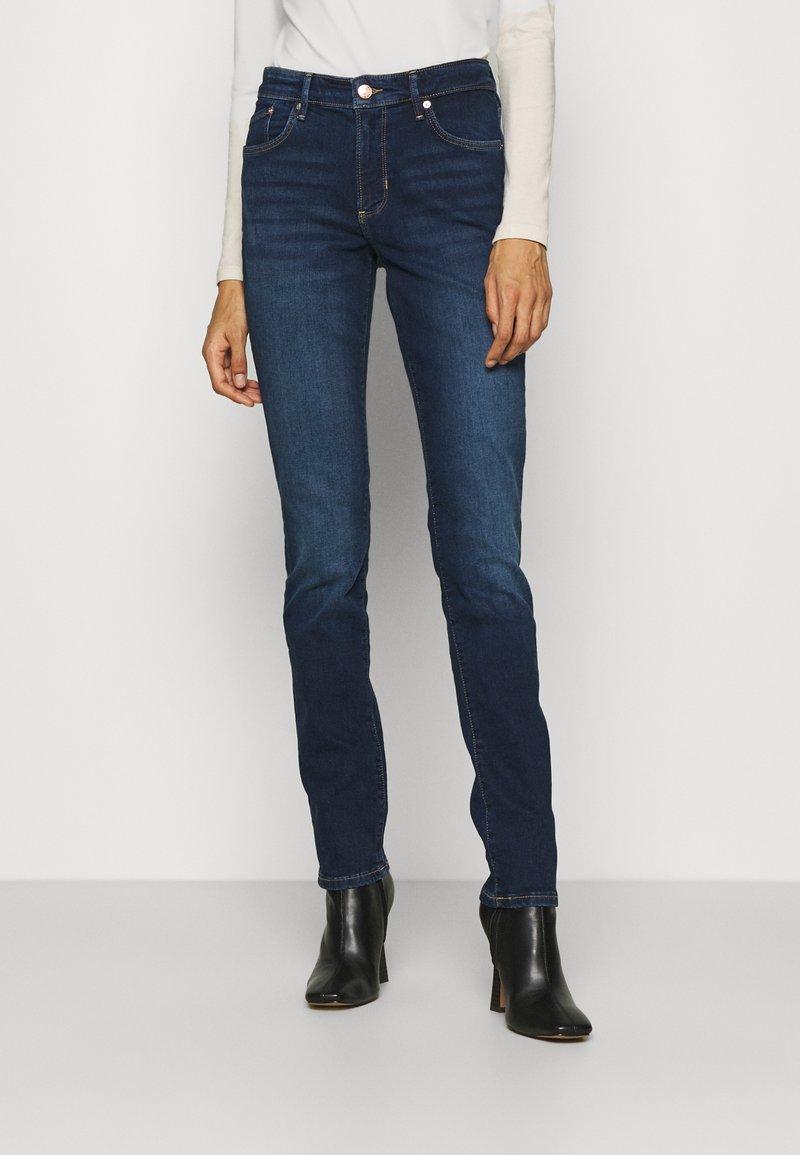 s.Oliver - LANG - Jeans slim fit - dark blue
