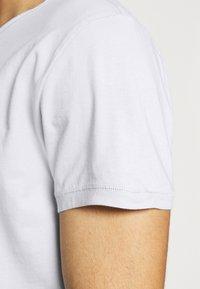 Tigha - WREN - Basic T-shirt - concrete grey - 4