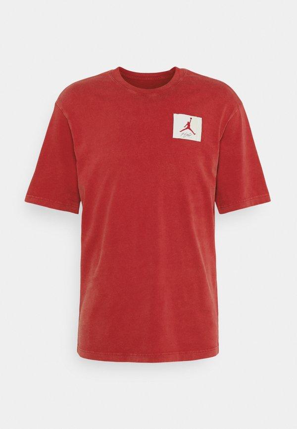Jordan JORDAN CREW - T-shirt z nadrukiem - gym red/czerwony Odzież Męska EQZQ