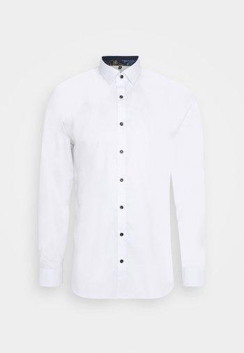 No. 6 - Formal shirt - weiss
