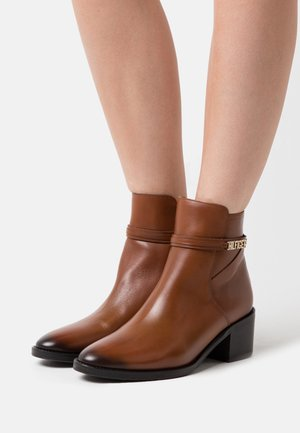 BLOCK BRANDING MID BOOT - Classic ankle boots - pumpkin paradise