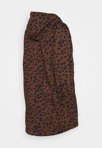 MAMALICIOUS - MLELLA JACKET - Zimní bunda - friar brown/black - 1