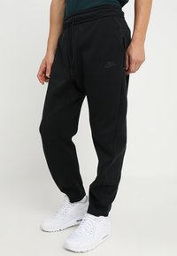 Nike Sportswear - PANT - Spodnie treningowe - black/black - 0