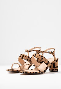 Topshop Wide Fit - WIDE FIT DITA STRAP - Sandals - brown - 4