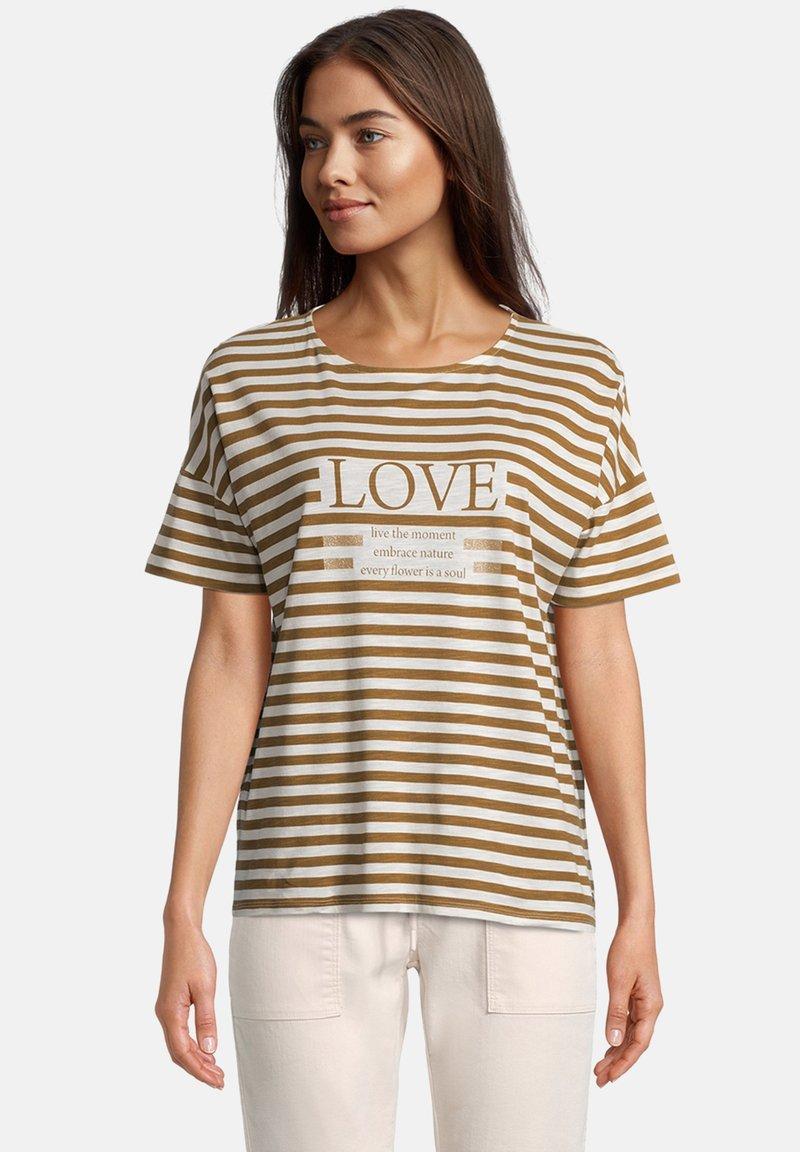 Betty & Co - T-shirt print - weiß/braun