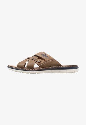 Pantofle - zimt