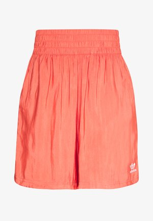 Shorts - trace scarlet