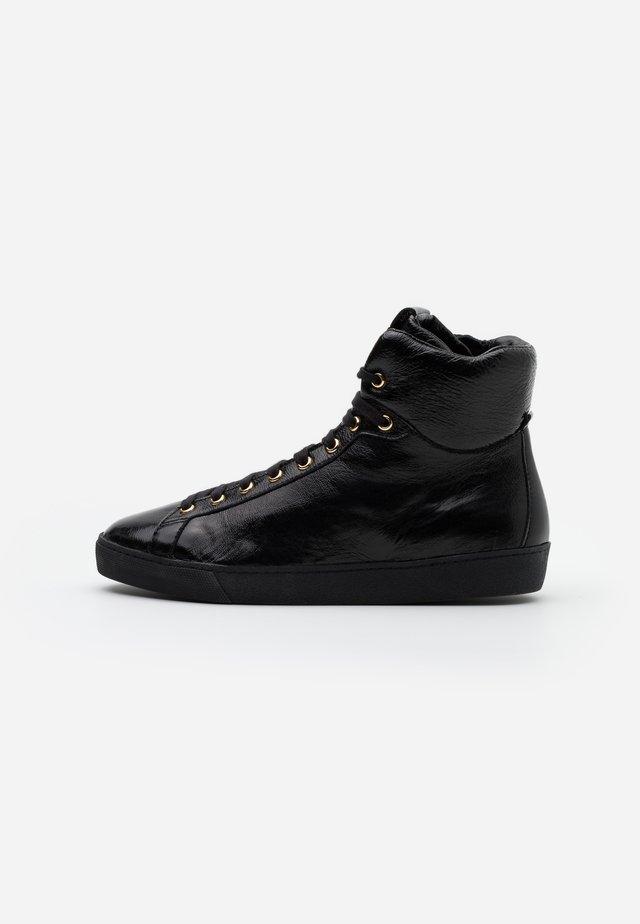 High-top trainers - schwarz