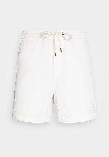 Shortsit - warm white