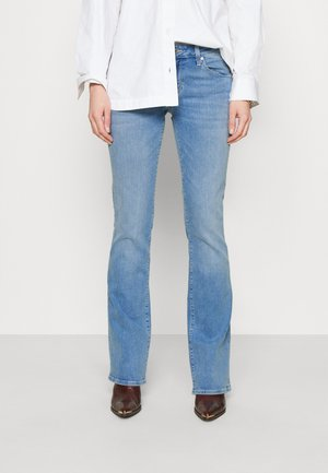 BELLA MID RISE - Bootcut jeans - light sky glam