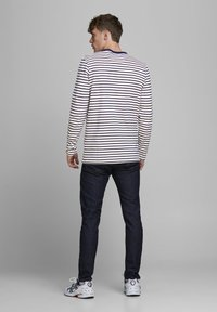 Jack & Jones - JJELONG  - Long sleeved top - cloud dancer - 2