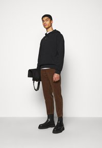Han Kjøbenhavn - BULKY HOODIE - Sweatshirt - faded black - 1