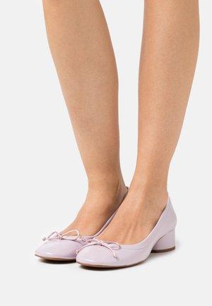 Classic heels - vernis lilas