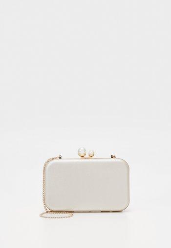 Pikkulaukku