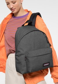 Eastpak - PADDED PAK'R - Sac à dos - black denim - 1