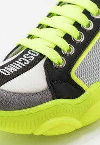 MOSCHINO - Trainers - grey/neon yellow - 2