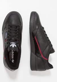 adidas Originals - CONTINENTAL 80 SKATEBOARD SHOES - Matalavartiset tennarit - core black/scarlet/collegiate navy - 1