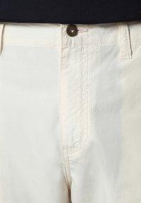 Napapijri - NOTO - Shorts - new milk - 5
