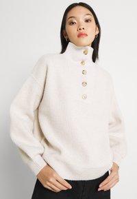 Fashion Union - JORDIE - Stickad tröja - cream - 3