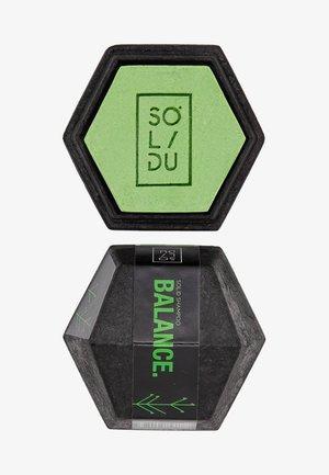 SOLID SHAMPOO BALANCE. - Shampoo - light green