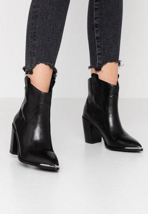 ZORA - Cowboy/biker ankle boot - black