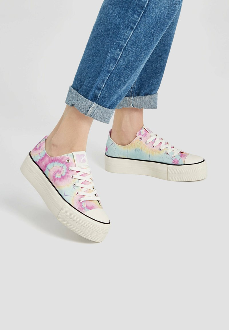 PULL&BEAR - Sneakers basse - multi coloured