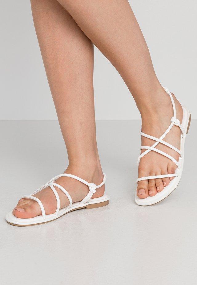 NEDRA - Sandaalit nilkkaremmillä - white