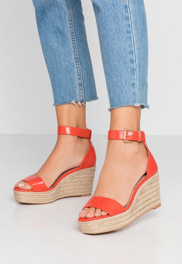 High heeled sandals - burnt orange