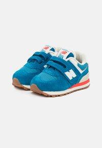 New Balance - IV574HC2 - Sneakers - blue - 1