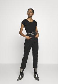 G-Star - CORE EYBEN SLIM - T-shirts - black - 1