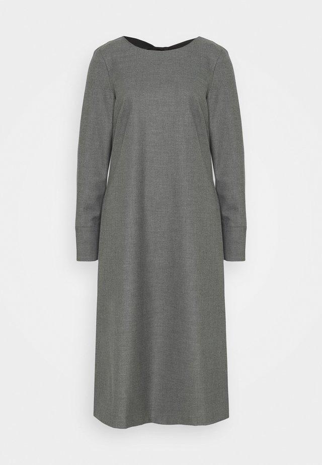 OIL - Freizeitkleid - medium grey pattern