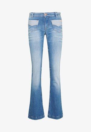 FAVOR - Bootcut jeans - blue denim