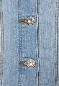Springfield - CAZADORA - Jeansjakke - medium blue - 2