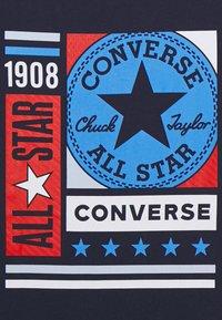 Converse - MIXED BOXES TEE - Print T-shirt - obsidian - 2