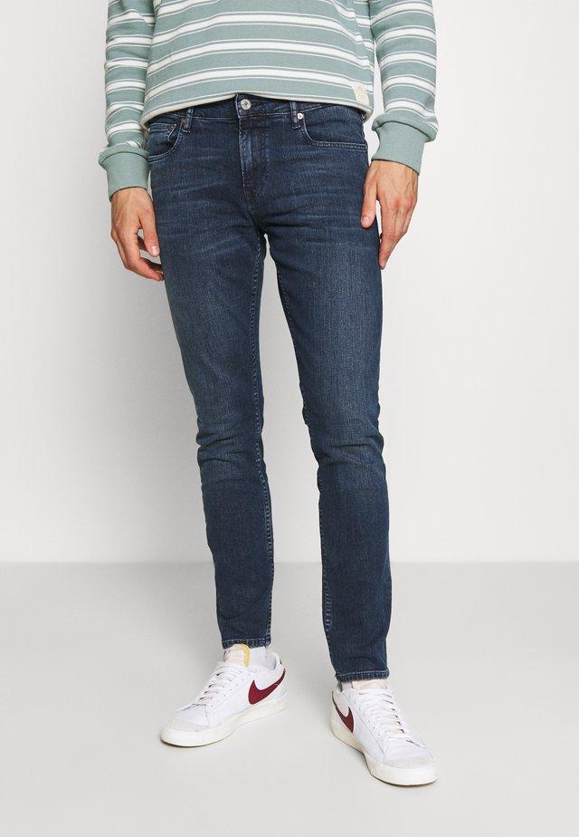 SKIM TREASURE TROVE - Jeans Skinny Fit - blue denim