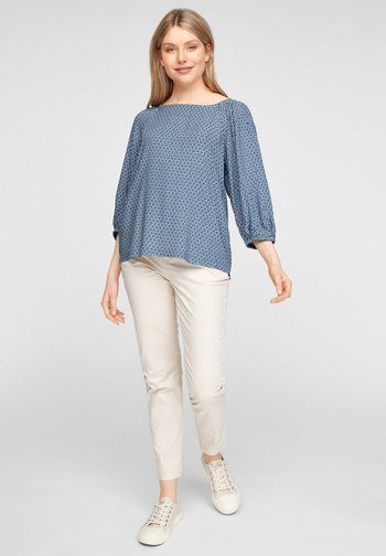 Blouse - faded blue embroidery